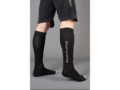 ENDURA SingleTrack Shin Guard Socks Black